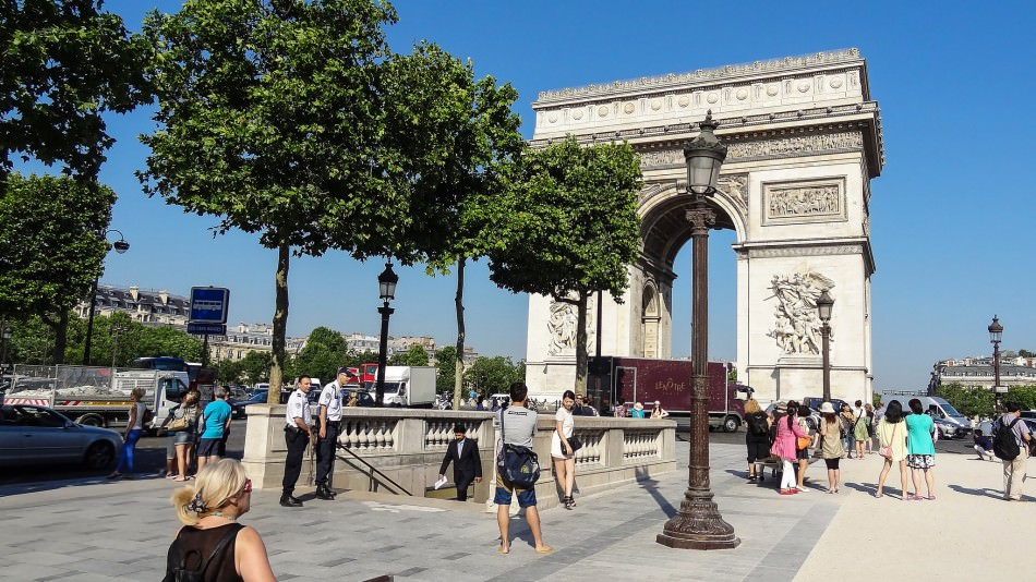 Arc de Triomphe Champs Elysees