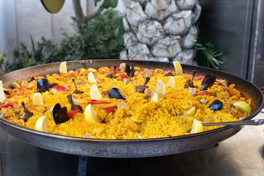 Paella Arbolar spanish language immersion spain cooking workshop